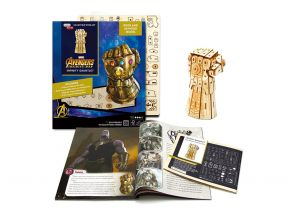 IncrediBuilds Marvel: Deluxe Book and 3D Plywood Puzzle Model Set (1 set)