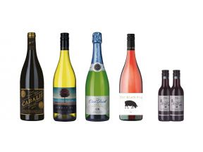 Easter Party Essentials 4 Bottles + 2 FREE Mini Wines (1 set)