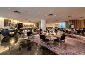 Novotel Century Hong Kong – Le Café Seafood Oyster Lunch Buffet (1 adult)