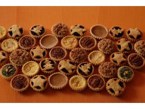Mini Pies by Tai Tai Pies Pies (8 pcs)