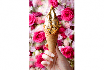 i CREMERiA Cremadoro with finest edible gold leaf (1pc)