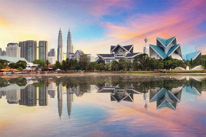 CATHAY DRAGON- 1 Round Trip Air Ticket (Hong Kong-Kuala Lumpur, Malaysia)*