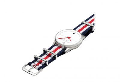Noerden LIFE NATO Hybrid Smart Watch (French Red) (1pc)