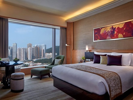 1 night accommodation at Galaxy Macau (Deluxe City King)