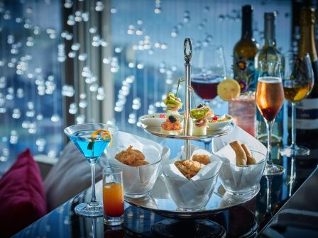 'Sunset Hour' tapas and unlimited drinks at Belon restaurant of Banyan Tree Macau