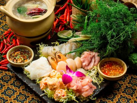 'Thai Hot Pot' at Saffron restaurant of Banyan Tree Macau for 2 persons